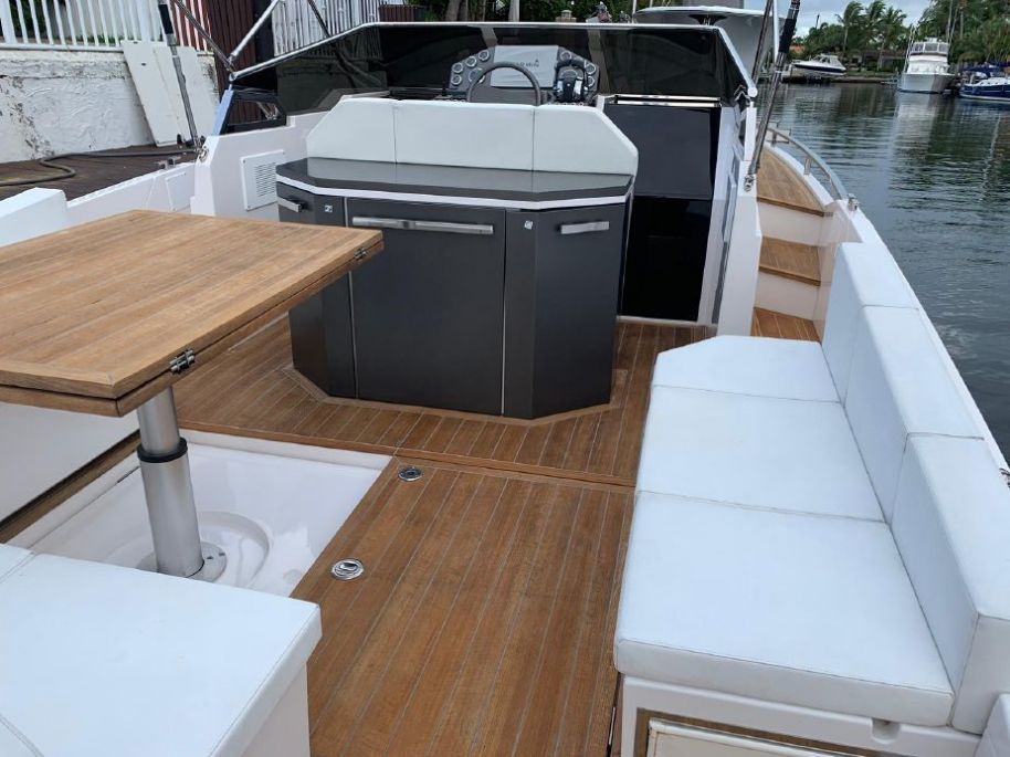 2016 Rio Yachts 34 Espera - $295,000 boat for sale, photos and specifications