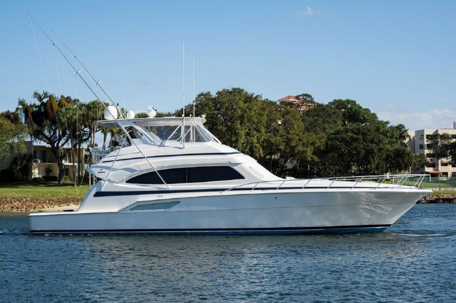 2004Bertram 67 Convertible - $975,000 boat for sale, photos and specifications