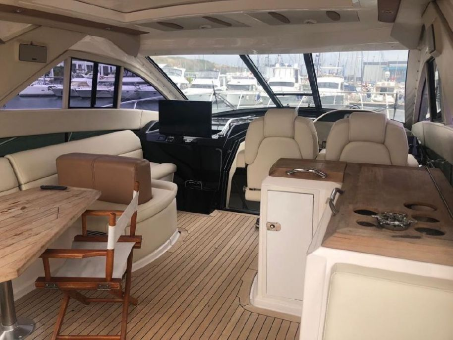 2008Regal 52 Sport Coupe - $343,188 boat for sale, photos and specifications