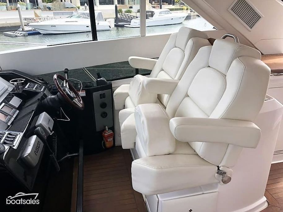 2011Regal 52 Sport Coupe - $697,792 boat for sale, photos and specifications