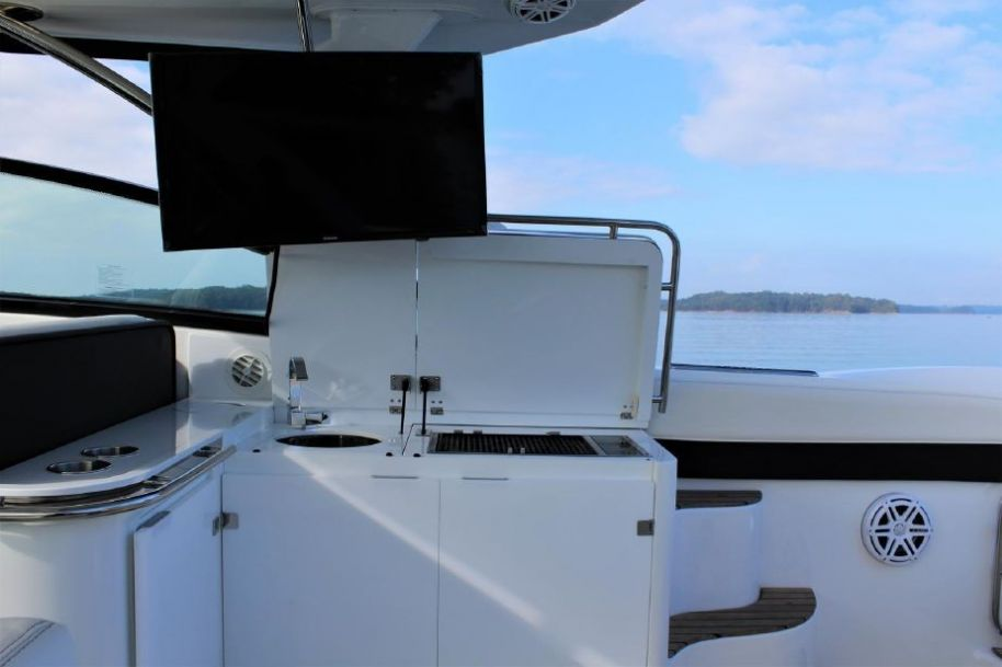2015Cobalt A40 - $399,000 boat for sale, photos and specifications