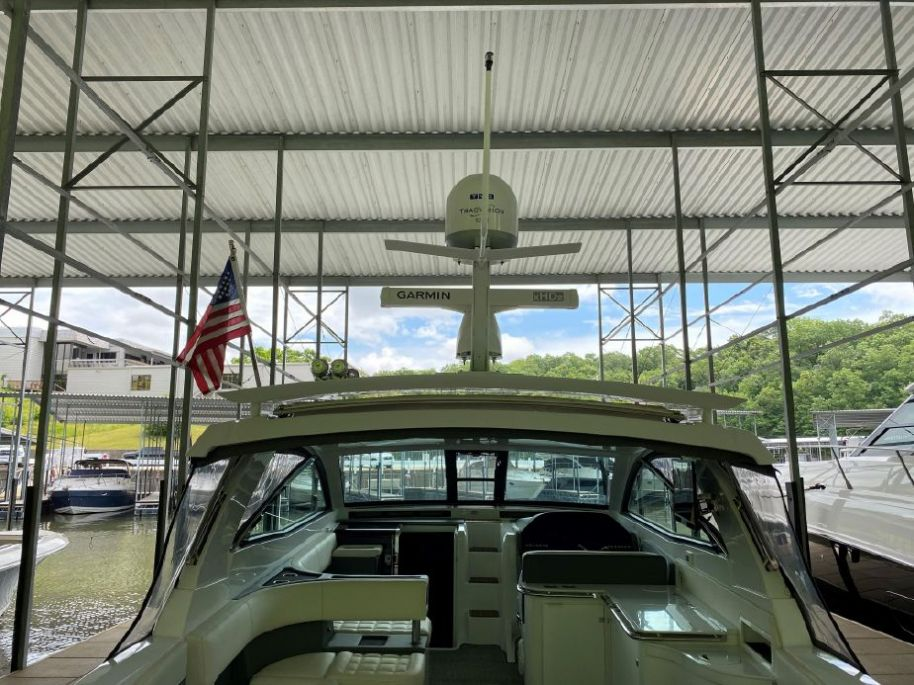 2019Cobalt A40 - $646,795 boat for sale, photos and specifications