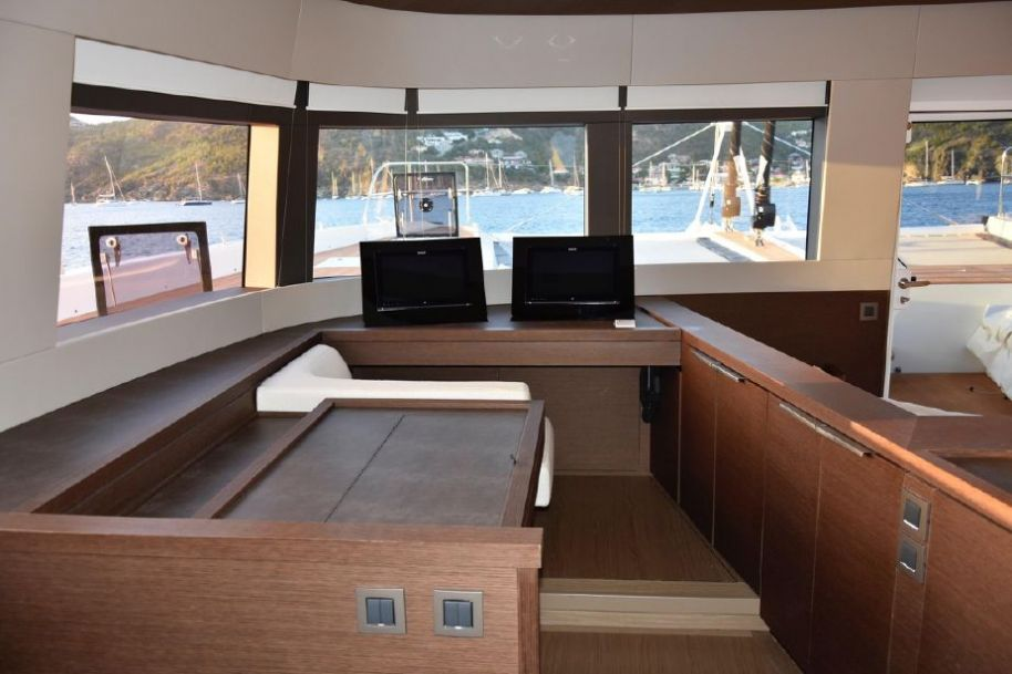 2019Lagoon Seventy 7 - $4,868,750 boat for sale, photos and specifications