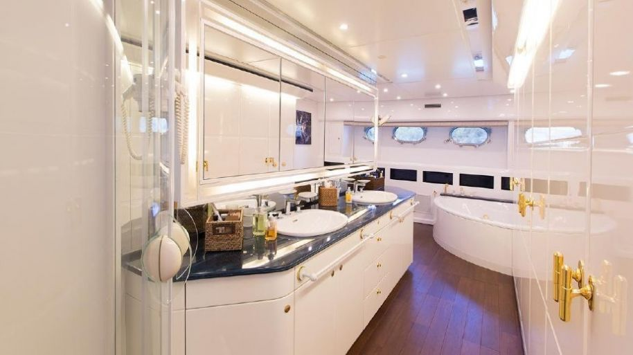 2000Guy Couach 114 Couach - Pozitron - $2,367,600 boat for sale, photos and specifications