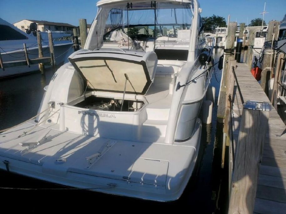 2004 Formula 47 Yacht - $249,000 boat for sale, photos and specifications