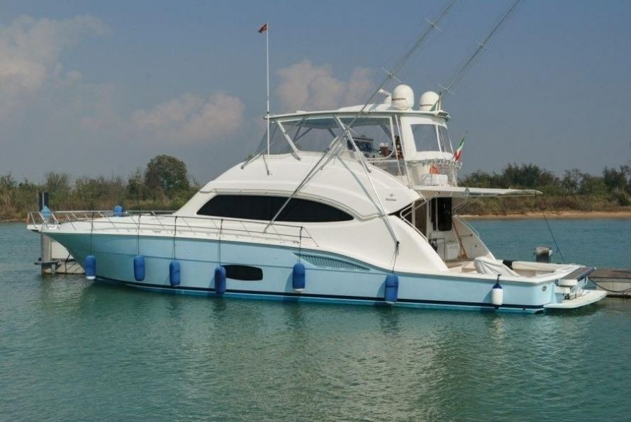 2009Bertram 70 700 - $1,303,610 boat for sale, photos and specifications