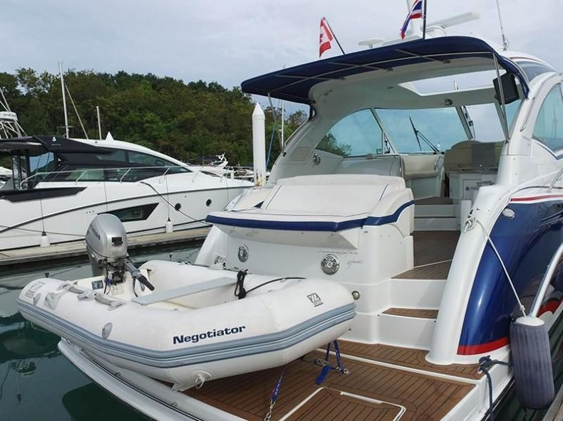 2011 Formula 45 - $379,000 boat for sale, photos and specifications