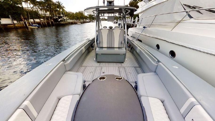 2014 Contender 41 Sport Fish - $299,000 boat for sale, photos and specifications