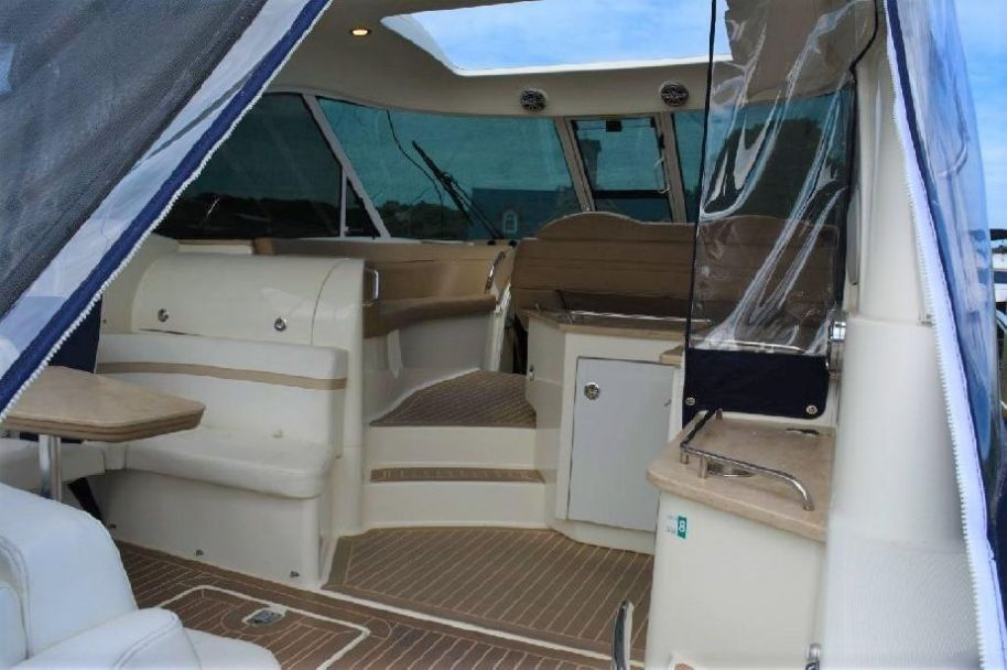 2015 Formula 45 Yacht - $540,000 boat for sale, photos and specifications