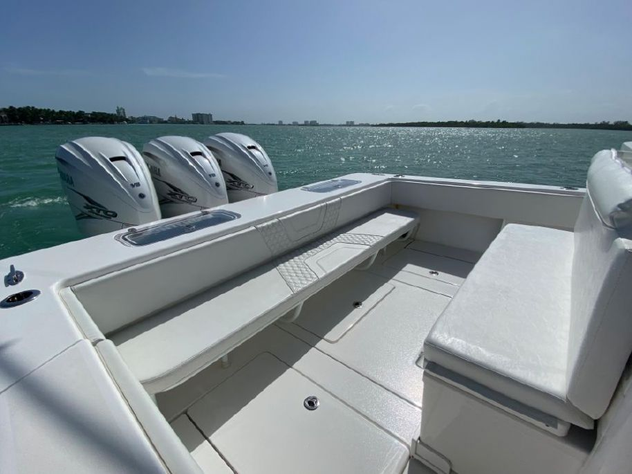 2020 Contender 44 ST - $695,000 boat for sale, photos and specifications