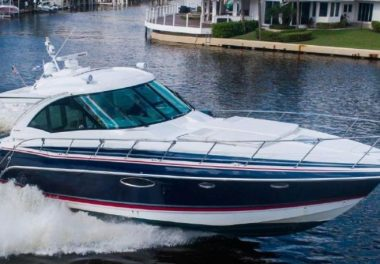 2015Formula 45 Yacht - $549,000 boat for sale, photos and specifications