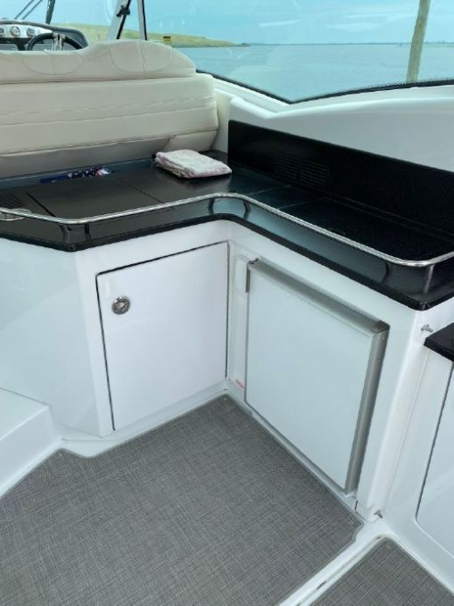 2015Formula 45 Yacht - $569,000 boat for sale, photos and specifications