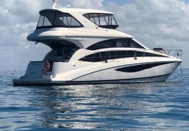 2011 Meridian 541 Sedan Bridge - $639,000 boat for sale, photos and specifications