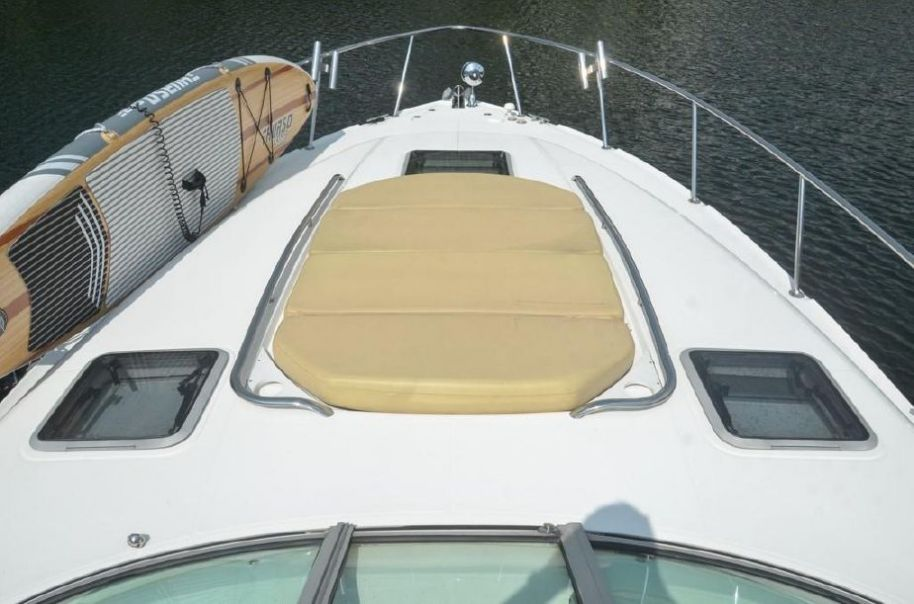 2008 Chaparral Signature 370 - $128,000 boat for sale, photos and specifications