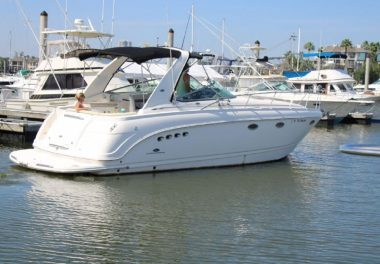 2005 Chaparral 350 Signature - $68,900 boat for sale, photos and specifications