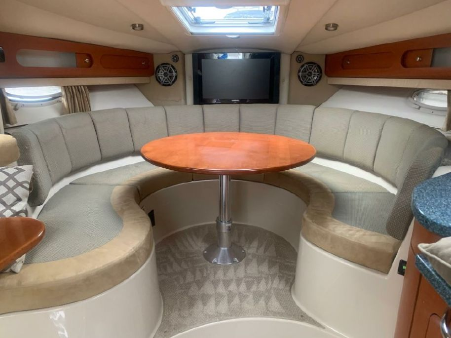 2005Chaparral Signature 330 - $84,995 boat for sale, photos and specifications