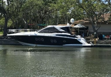 2008 Regal 52 Sport Coupe - $390,000 boat for sale, photos and specifications