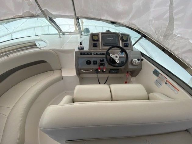 2010Chaparral 370 Signature - $180,000 boat for sale, photos and specifications