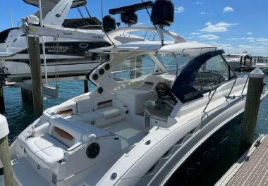 2010 Chaparral 400 Premiere - $369,000 boat for sale, photos and specifications