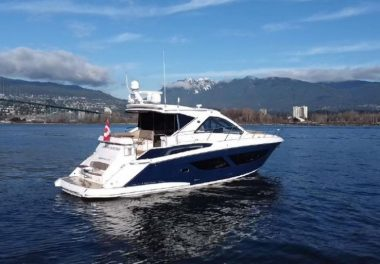 2017 Regal 53 Sport Coupe - $754,394 boat for sale, photos and specifications