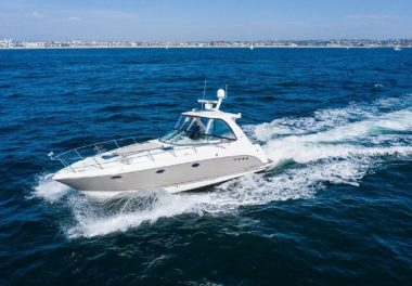 2007Chaparral 350 Signature - $140,000 boat for sale, photos and specifications