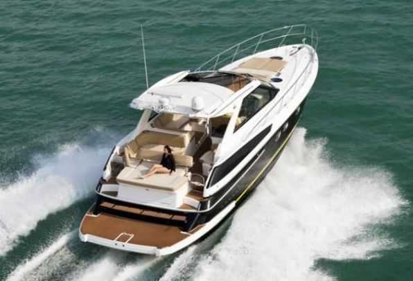 2011Regal 46 Sport Coupe - $412,024 boat for sale, photos and specifications