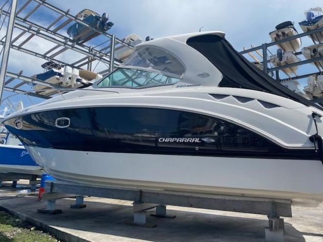 2012Chaparral 330 Signature - $154,900 boat for sale, photos and specifications