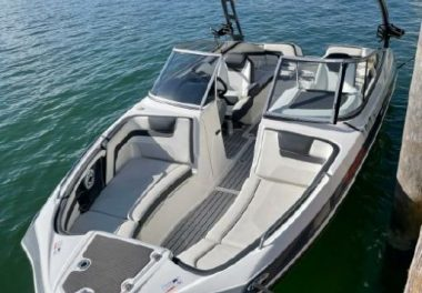 2015Yamaha Boats SX240 HO - $39,999 boat for sale, photos and specifications