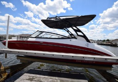 2016Yamaha Boats 242 Limited S - $64,900 boat for sale, photos and specifications
