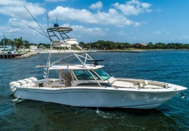 2019Grady-White 456 Canyon - $1,299,000 boat for sale, photos and specifications
