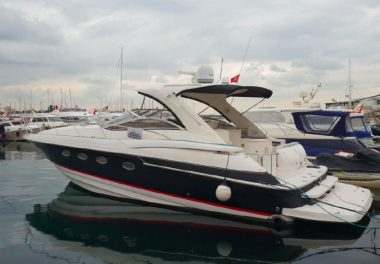 2004Regal 4260 HT - $170,000 boat for sale, photos and specifications