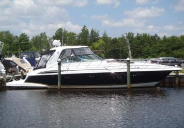 2005Formula 48 Yacht - $329,997 boat for sale, photos and specifications