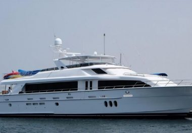 2011Hatteras 105 Motor Yacht - $4,950,000 boat for sale, photos and specifications