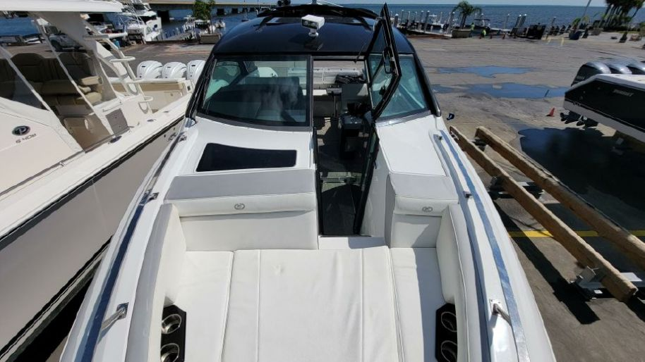 2018Cobalt A36 - $398,900 boat for sale, photos and specifications